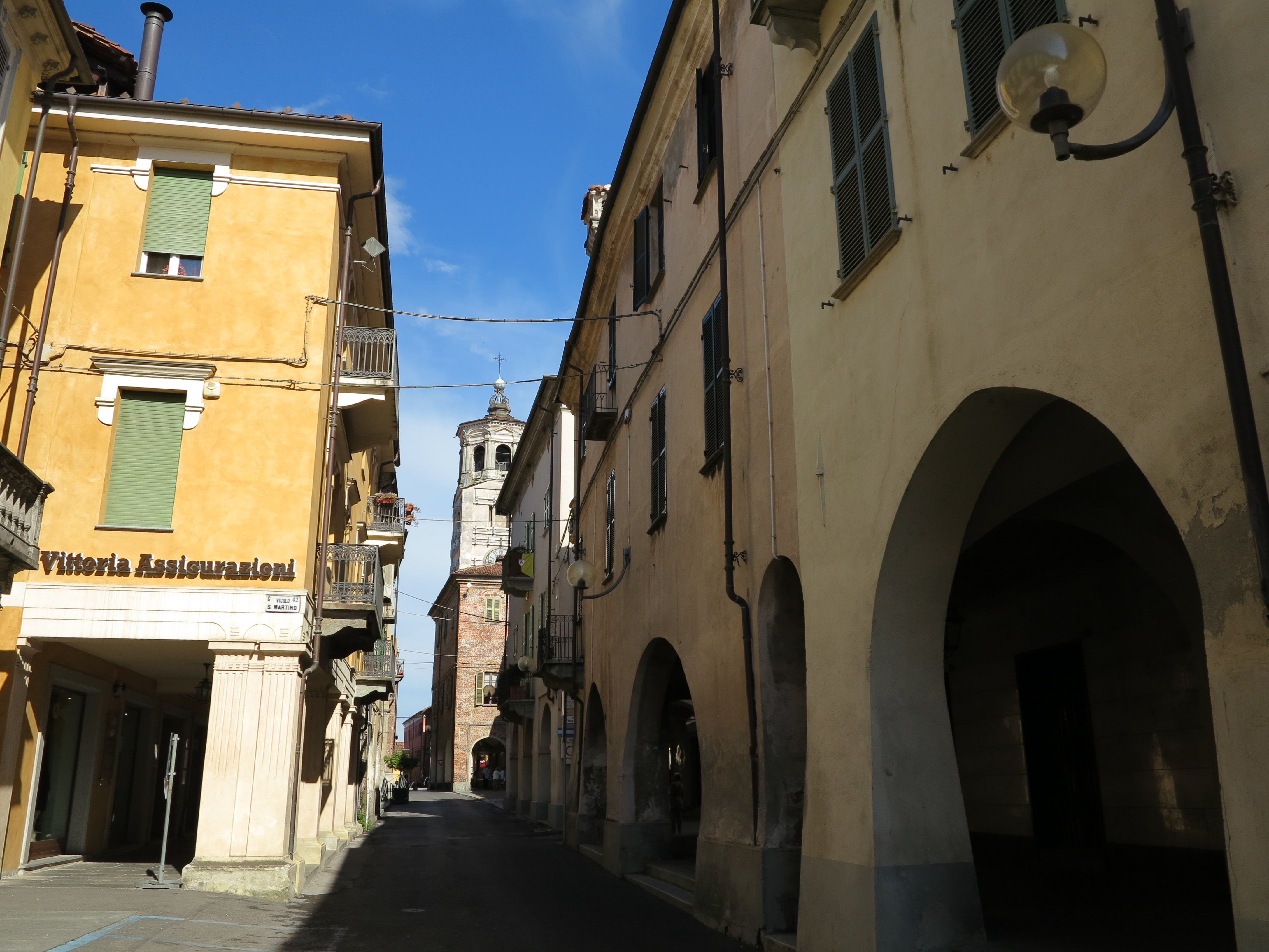 File:Centro storico, Fossano (1).JPG